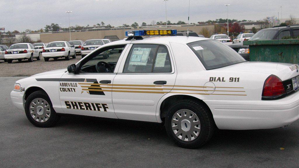 white abbeville sheriff car graphic design