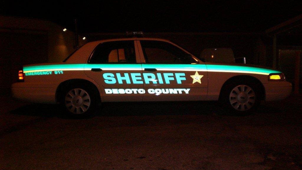sideview design of sheriff deboto country car