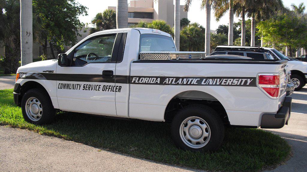 design of florida atlantic university pickup car