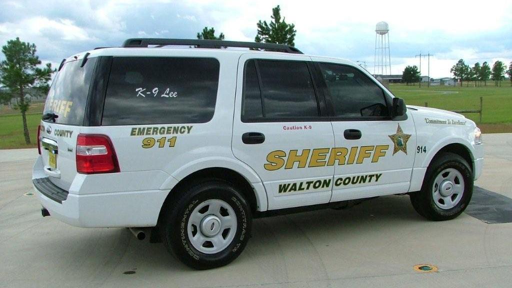 graphic design of walton sheriff car